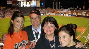 Lenny Mendonca and family at Giant's game